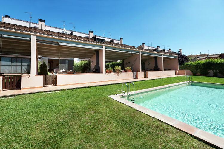 Woning Spanje | Costa-Brava | Vakantiehuis te huur in Parlava met zwembad  met wifi 8 personen