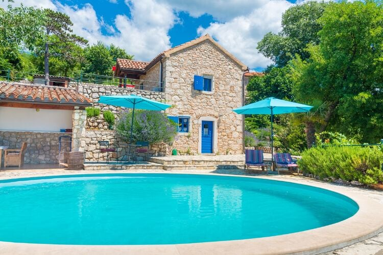 Vakantiehuis met zwembad met wifi  KvarnerIvanka