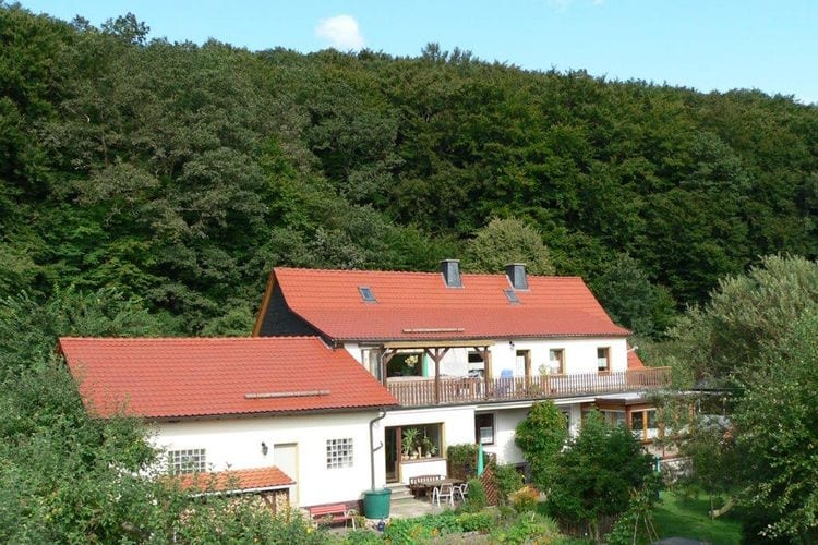 Sauerland Vakantiewoningen te huur Vakantiehuis met terras, prachtige heemtuin en spelletjes voor de kinderen.