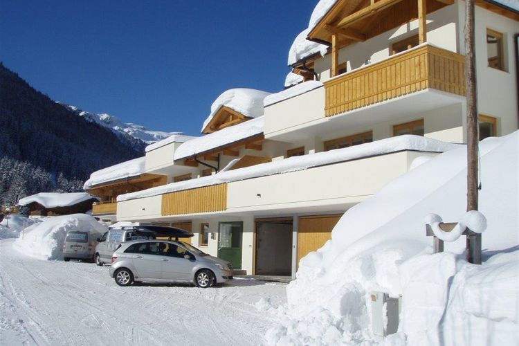 Ref: AT-5754-25 4 Bedrooms Price