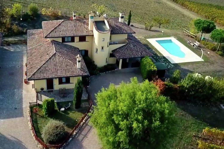 Italie | Italiaanse-Meren | Boerderij te huur in Santa-Maria-Della-Versa met zwembad  met wifi 12 personen