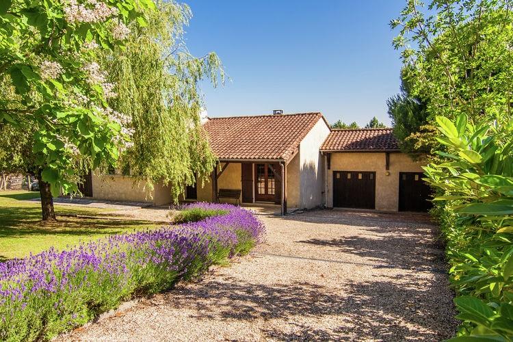 Frankrijk | Dordogne | Vakantiehuis te huur in La-Roche-Chalais met zwembad  met wifi 6 personen
