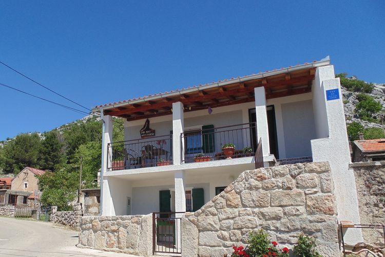 Kroatie / Dalmatie | Vakantiehuis  met wifi  - Starigrad Paklenica  Holiday house Paklenica