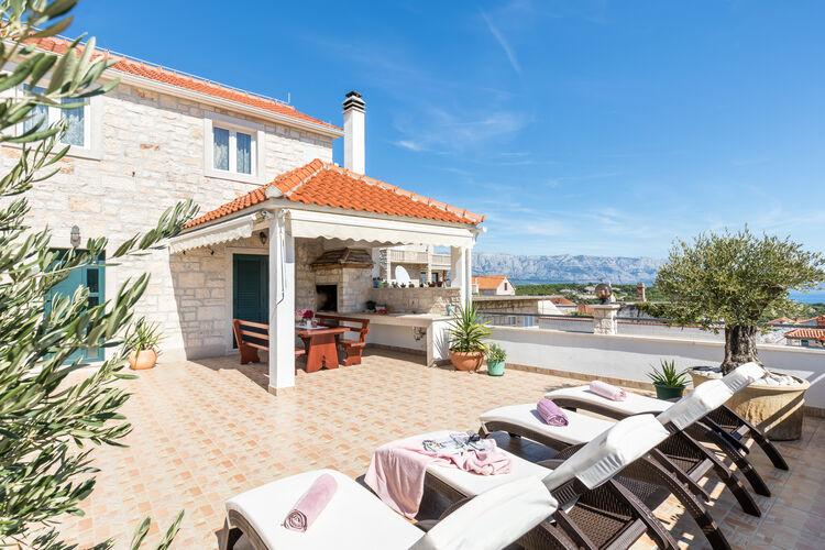 Kroatie | Eld | Villa te huur in Selca met zwembad  met wifi 10 personen