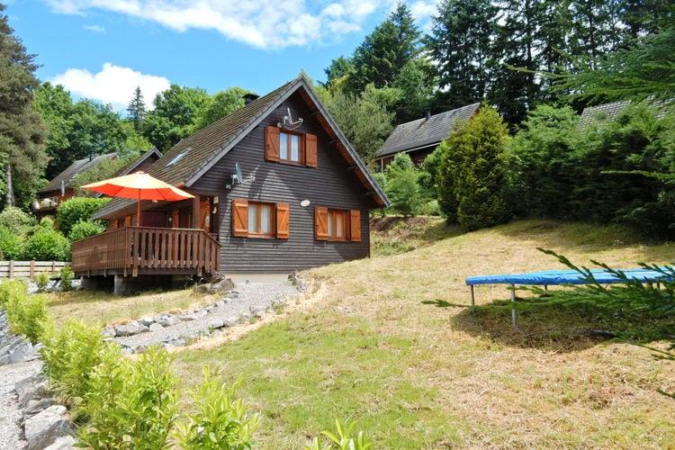 Beaulieu Vakantiewoningen te huur Chalet met gezellig landelijke inrichting met kano bij meer en kasteel