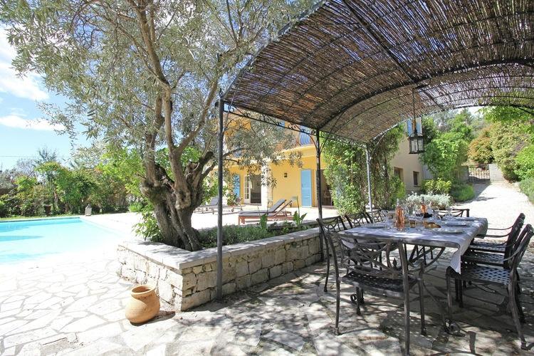 Provence-Alpes Cote d Azur Vakantiewoningen te huur Mediterrane, luxe ingerichte villa met privézwembad op slechts 500m van het sfeervolle Fayence