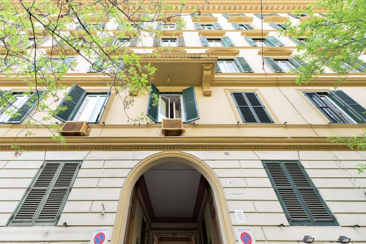 Appartement huren in  Italie -   met wifi  voor 4 personen  Appartement Crescenzio 2 is gelege..