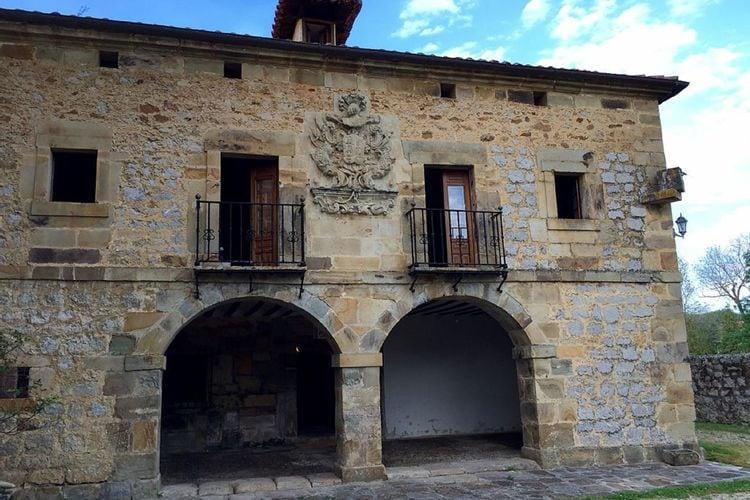 Castle Green Spain