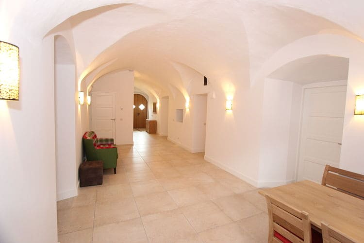 Ref: AT-5722-14 4 Bedrooms Price