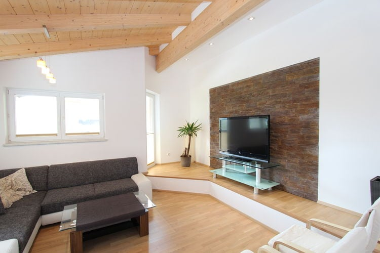 Ref: AT-5741-66 3 Bedrooms Price
