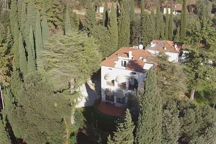 Villa Lakes of Italy