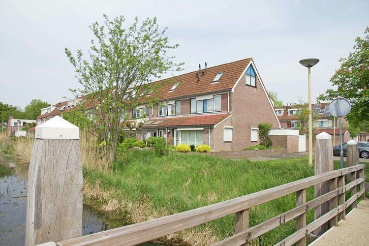 Vakantiewoning  met wifi  Castricum  Dit gezellige vakantiehuis bevindt zich ..