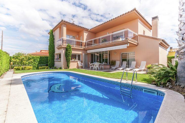 Villa met zwembad met wifi  L
