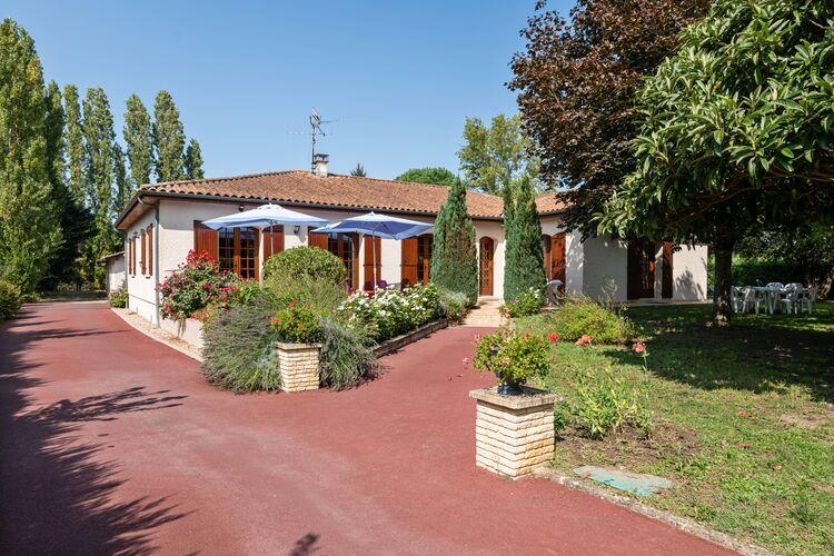 Villas Frankrijk | Dordogne | Villa te huur in Pineuilh   met wifi 8 personen