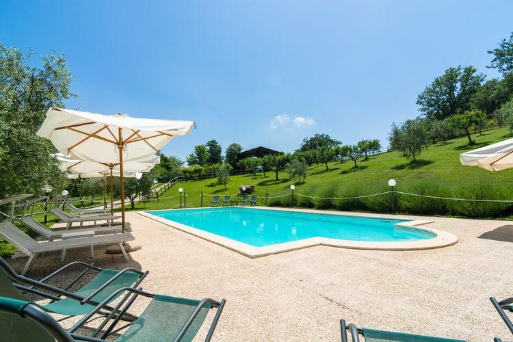 Woning Italie | Umbrie | Vakantiehuis te huur in Gubbio met zwembad  met wifi 4 personen