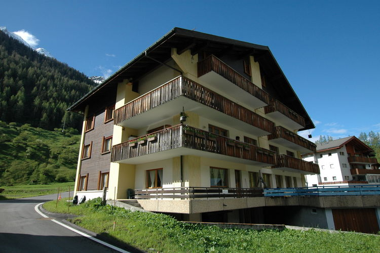Appartementen Zwitserland | Bern | Appartement te huur in Blatten    4 personen
