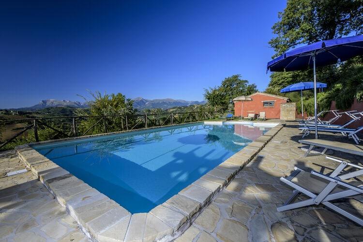 vakantiehuis Italië, Marche, Monte san Martino vakantiehuis IT-62020-20
