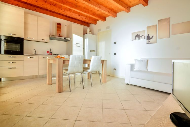 Appartement Italië, Italiaanse Meren, Monte Isola Appartement IT-25020-23