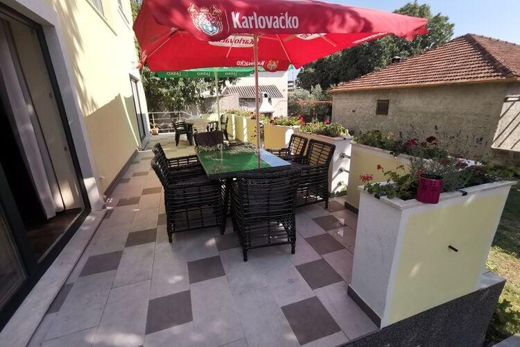 vakantiehuis Kroatië, Dalmatie, Pakostane vakantiehuis HR-23211-12