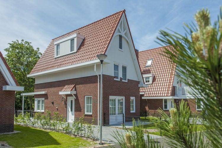 Koudekerke Vakantiewoningen te huur Luxe villa met vier slaapkamers en drie badkamer, slechts 1 km. van het strand