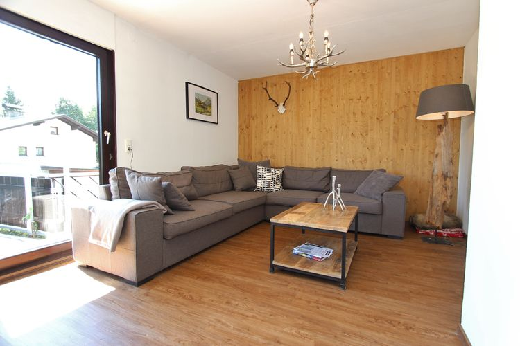 Ref: AT-5721-110 8 Bedrooms Price