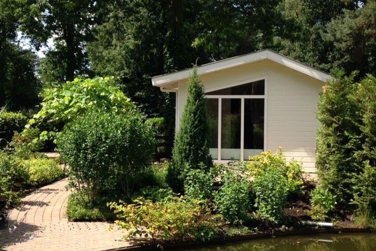 Nederland | Gelderland | Chalet te huur in Ede met zwembad  met wifi 4 personen