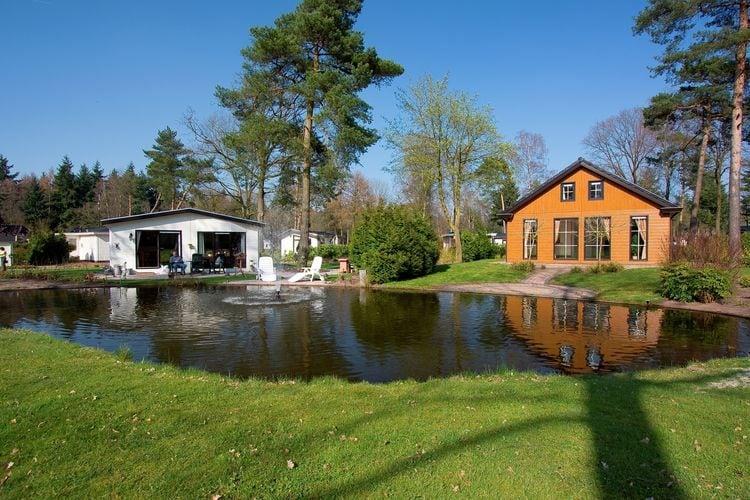 Nederland | Gelderland | Chalet te huur in Ede met zwembad  met wifi 8 personen