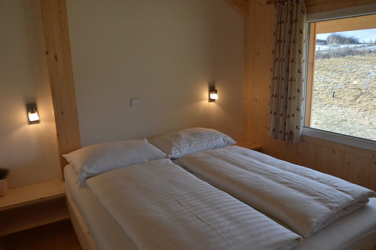 Ref: AT-8861-79 3 Bedrooms Price