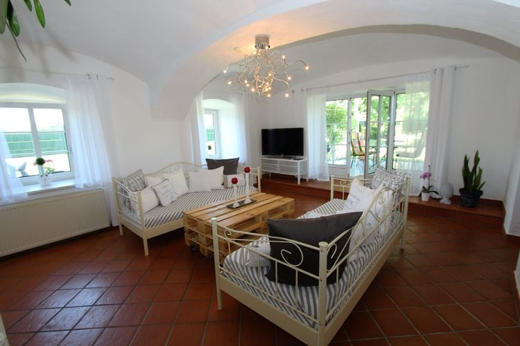 Ref: AT-9020-03 2 Bedrooms Price