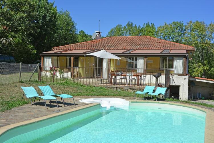 Villa met zwembad met wifi  Saint Marsal  Belle Maison Marsal