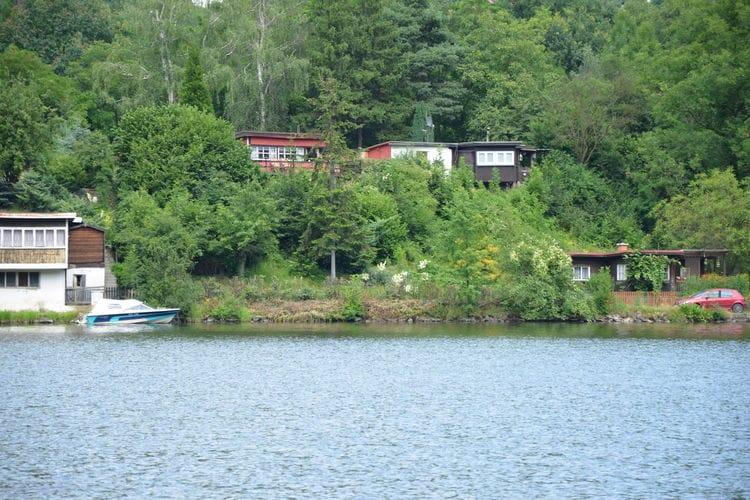 Brná Vakantiewoningen te huur Sfeervol chalet met uitzicht op de rivier de Elbe. Fijne tuin met tuingrill