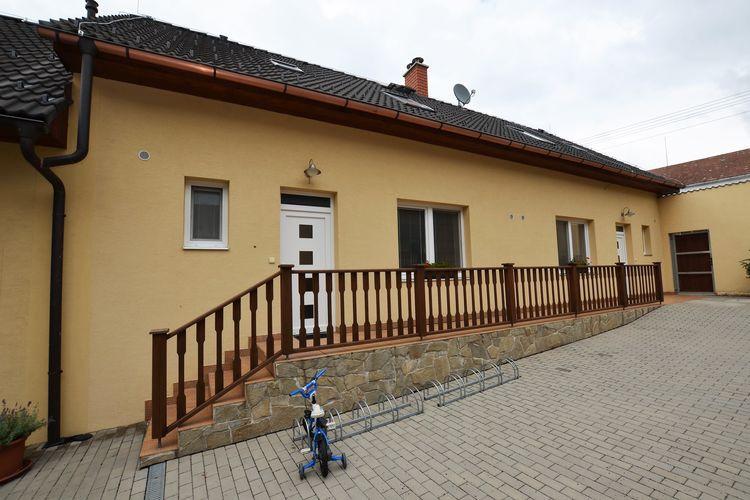 Vakantiewoning huren in Zuid- en midden- Moravi - met zwembad  met wifi met zwembad voor 6 personen  De luxe bungalow op Ranch Babice s..