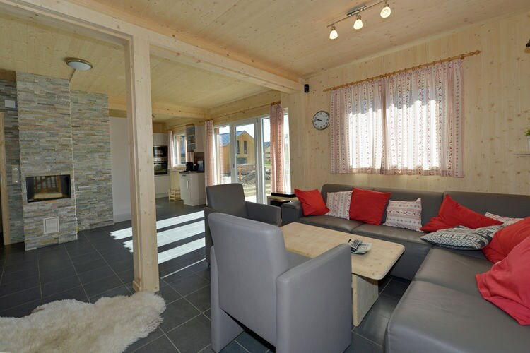 Ref: AT-8861-84 4 Bedrooms Price