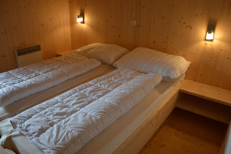 Ref: AT-8861-89 3 Bedrooms Price