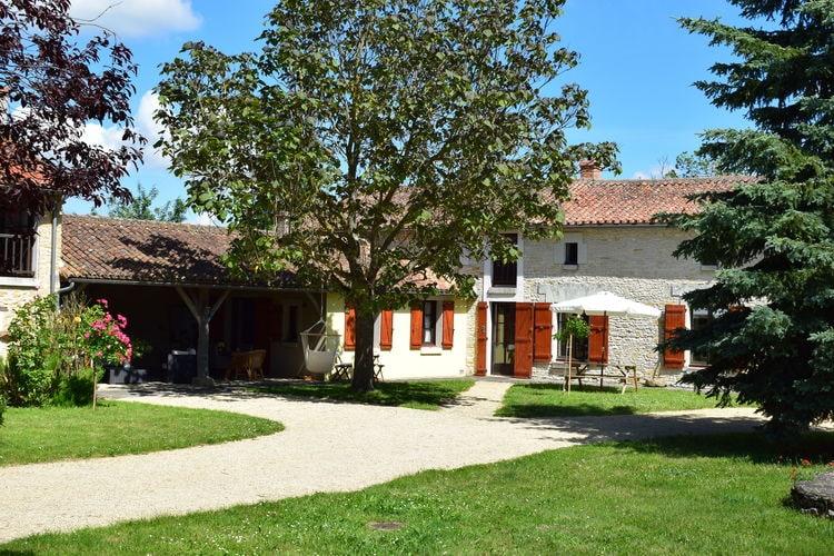 Frankrijk | Pays-de-la-loire | Vakantiehuis te huur in Frontenay-sur-Dive   met wifi 8 personen