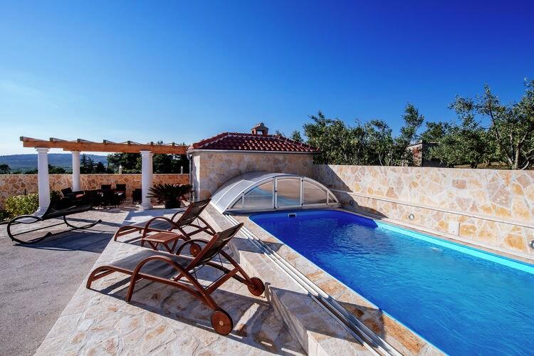 Kroatie / Dalmatie | Vakantiehuis met zwembad met wifi  - Debeljak  Villa Silence