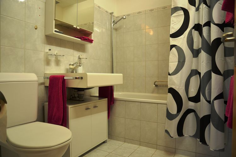 Ref: CH-3818-93 3 Bedrooms Price