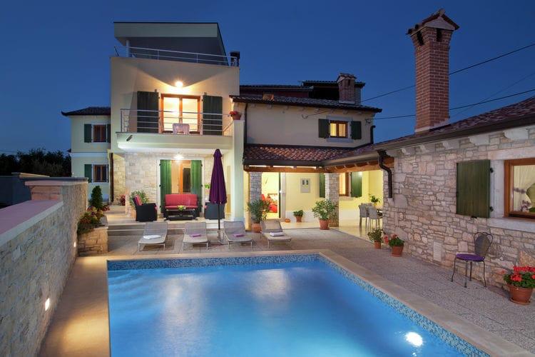 Vakantiewoning huren in Istrie - met zwembad nabij Strand met wifi met zwembad voor 12 personen