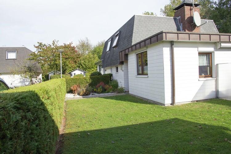 Breskens Vakantiewoningen te huur Het vakantiehuis ligt op een aangelegd park dichtbij het strand van Breskens.