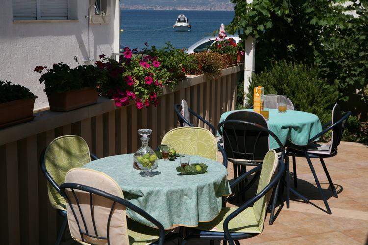 Kroatie / Dalmatie | Appartement  met wifi  - Slatine  Studio apartment Bonacic