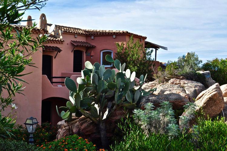 Huis dicht bij het schilderachtige strand van Cala Rossa en Costa Paradiso