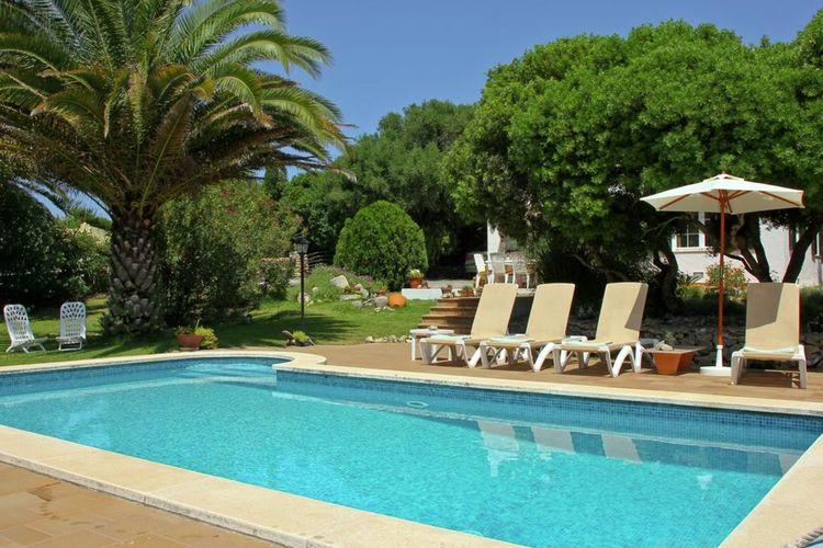 men Vakantiewoningen te huur Vrijstaande villa met prive zwembad in de rust en natuur op Menorca