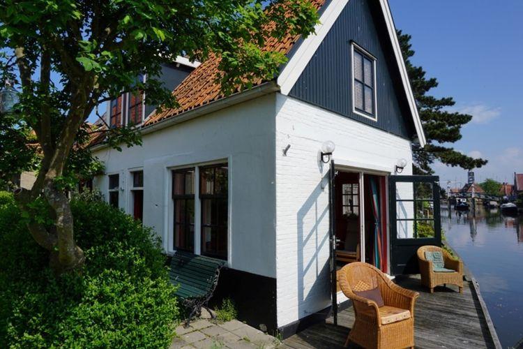 Vakantiehuizen Nederland | Friesland | Vakantiehuis te huur in Hindeloopen   met wifi 4 personen