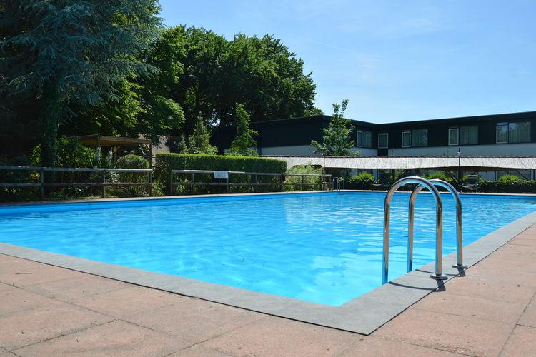 Vakantiehuizen Nederland | Gelderland | Vakantiehuis te huur in Hulshorst met zwembad  met wifi 12 personen