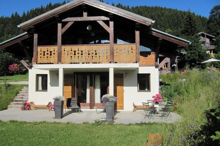Chalet    Les Gets  Vrijstaand chalet in Les Gets met een sauna en tuin