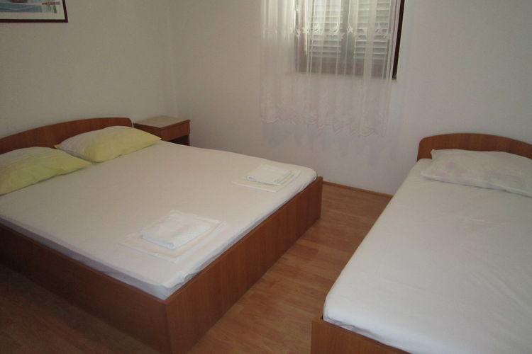 Appartement Kroatië, eld, Pag Appartement HR-00001-97
