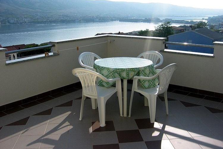 eld Vakantiewoningen te huur Comfortabel appartement met terras en uitzicht op zee een BBQ voor gebruik