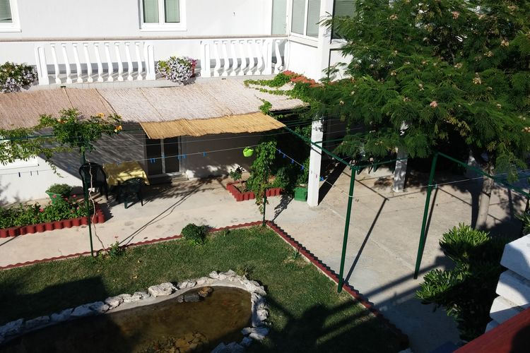 eld Vakantiewoningen te huur Charmant appartement met terras, tuin en BBQ voor gebruik