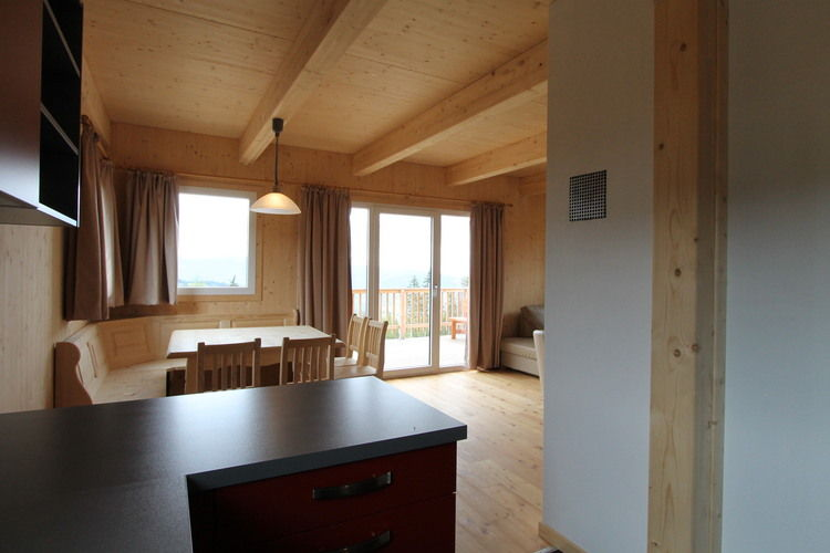Ref: AT-9462-29 4 Bedrooms Price