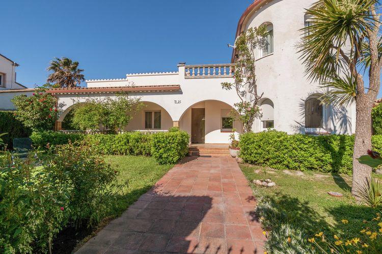 Costa Brava Vakantiewoningen te huur Fantastisch huis voor 6 personen in een woonwijk op 200 meter van het strand